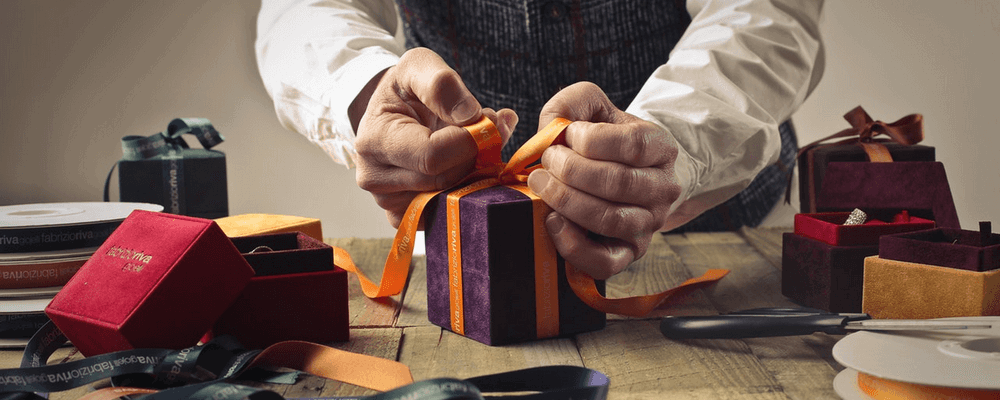 Упаковка подарков в Рязани