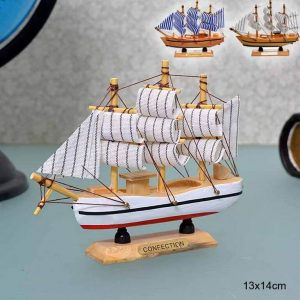 Модель парусного корабля 13x14 см