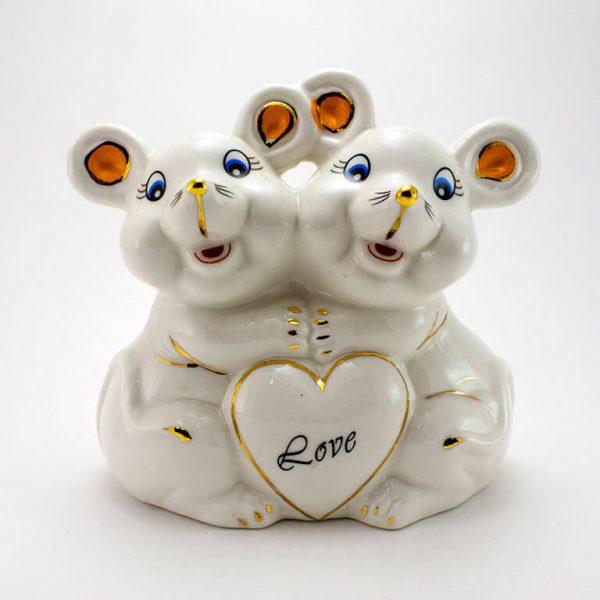 Статуэтка Крысы с сердцем